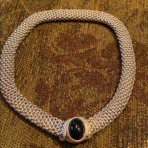 Jewelry - Stunning silver & black statement necklace EUC